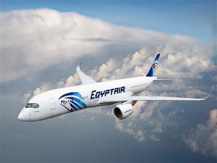 """اليوم.. """"مصر للطيران"""" تسير 21 رحلة لنقل 4530 حاجًا للأراضي المقدسة"""