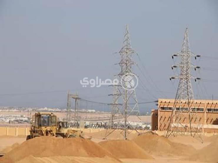 """توفر 350 مليون دولار وتقلل زمن الانقطاعات.. تفاصيل بدء """"الكهرباء"""" تأمين وتغذية شمال وجنوب سيناء"""