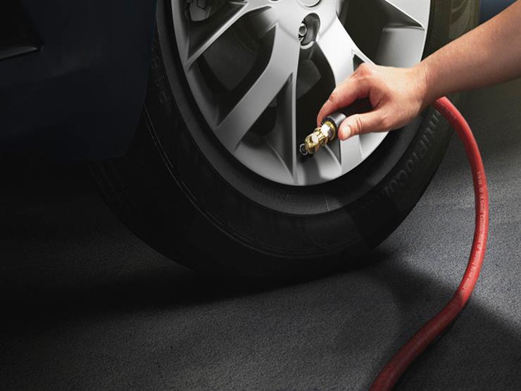 هل تزويد إطارات السيارة بالنيتروجين أفضل من الهواء العادي؟