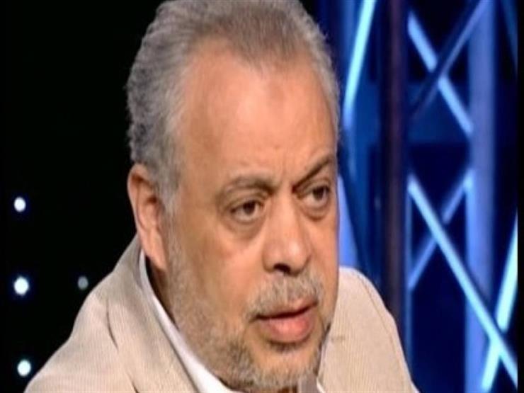 أشرف زكي يعلق على شائعة القبض على عمرو يوسف وكندة علوش