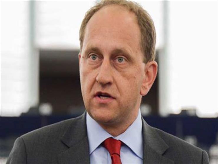 نائب رئيس البرلمان الأوروبي: على الأمم المتحدة مراقبة مخيمات اللجوء في ليبيا