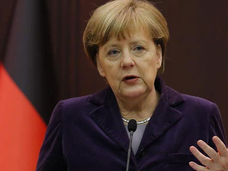 منظمة معنية بشؤون اللاجئين تتهم ميركل بخيانة القيم الأوروبية