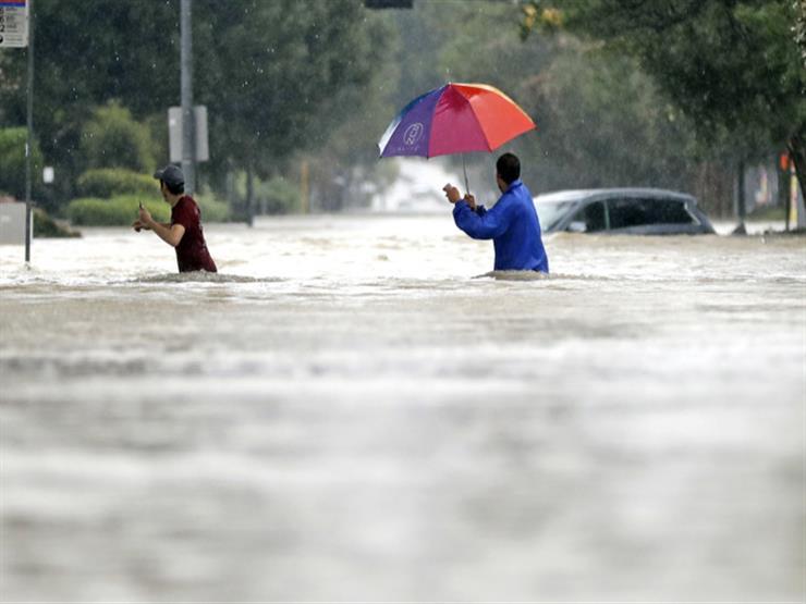 """وسائل الإعلام الأمريكية تثني على دور مسلمي تكساس في إغاثة ضحايا إعصار """"هارفي"""""""
