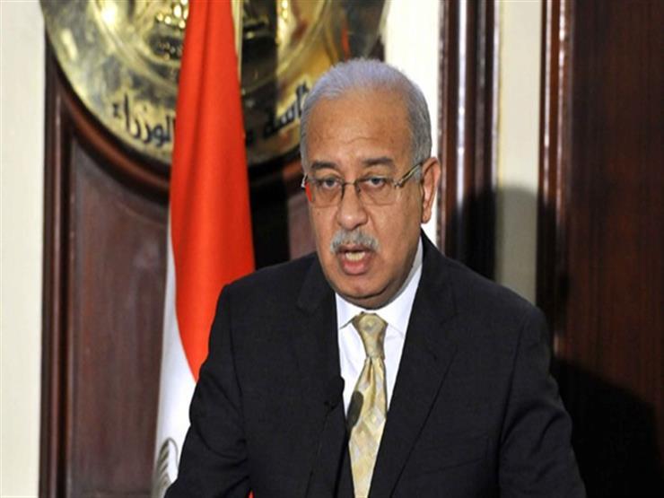 شريف إسماعيل: عجز الموازنة ينخفض إلى 10.9% خلال العام المالي الماضي