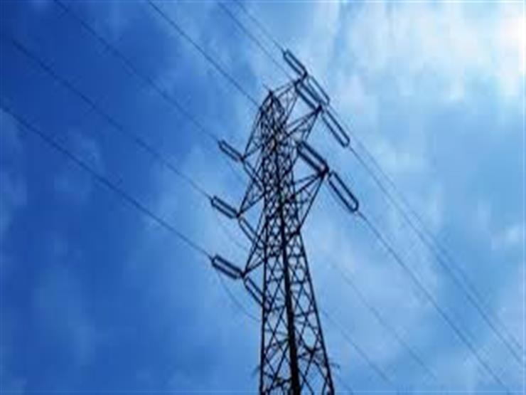 فصل التيار الكهربائي عن 5 محطات بدمياط لصيانة المحولات