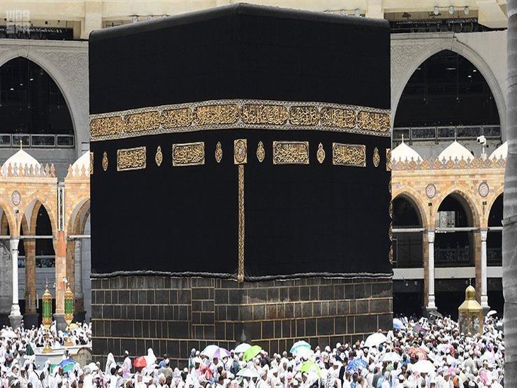 بالفيديو: حاج يمني عمره 100 عام وحج 40 حجة ويختم القرآن كل ثلاثة أيام