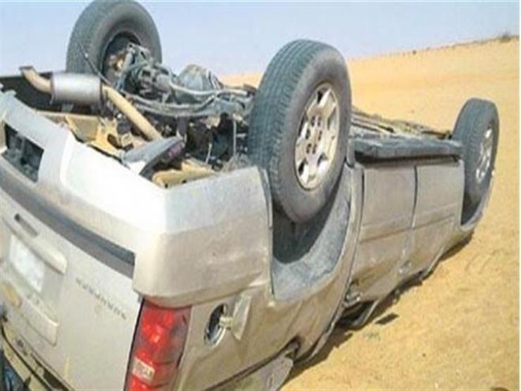 6 مصابين من أسرة واحدة في انقلاب سيارة بالوادي الجديد