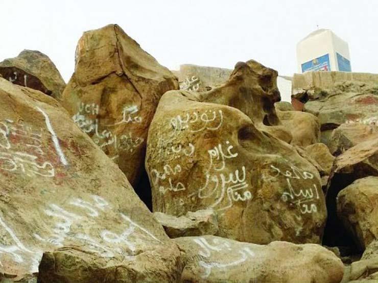 بدع ومعتقدات خاطئة للحجاج على جبل عرفات مصراوى