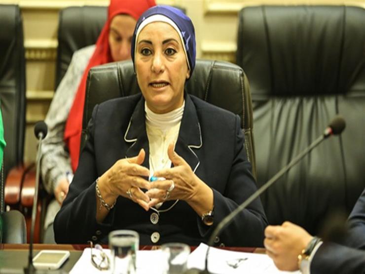 """نائبة تحذر من رائحة مدافن القمامة بالقاهرة.. وبيان عاجل بشأن """"أسمنت حلوان"""""""