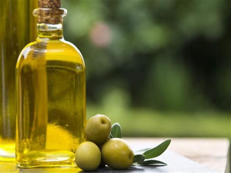 منها تكبير حجم الثدي.. 10 فوائد لشرب زيت الزيتون على معدة فارغة