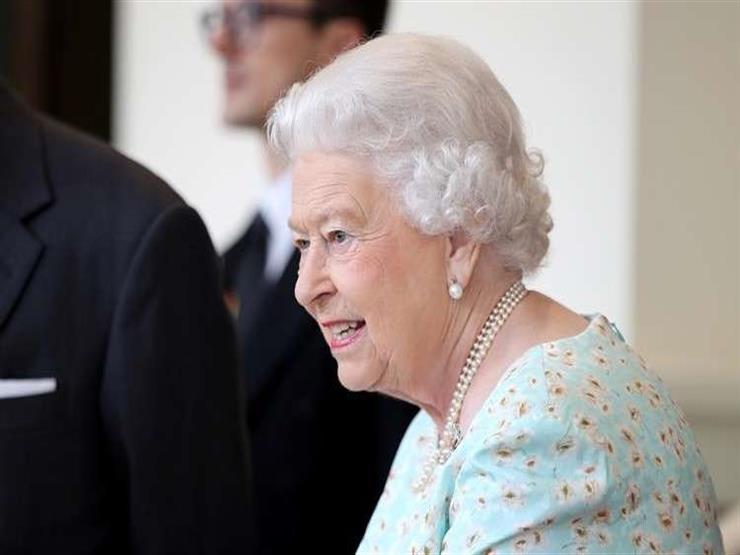 معاقبة شركة الملابس الداخلية للبلاط البريطاني لنشرها قياسات الملكة