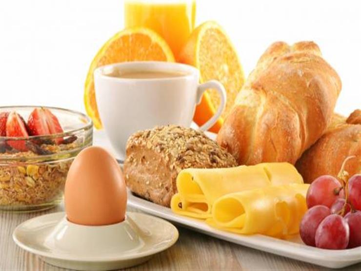خبير تغذية:أطعمة يفضل تناولها في وجبة الإفطار