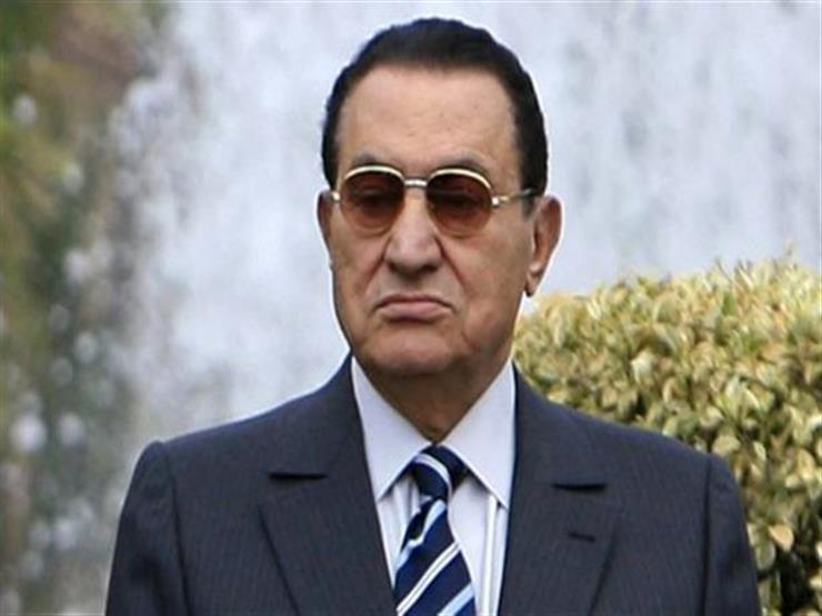 """""""يصيب واحد في المليون"""".. طبيب مبارك السابق: عانى من مرض نادر قبل 2011"""