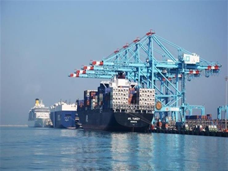 """رياح """"الفيضة الكبرى"""" تغلق بوغاز مينائي الإسكندرية والدخيلة"""