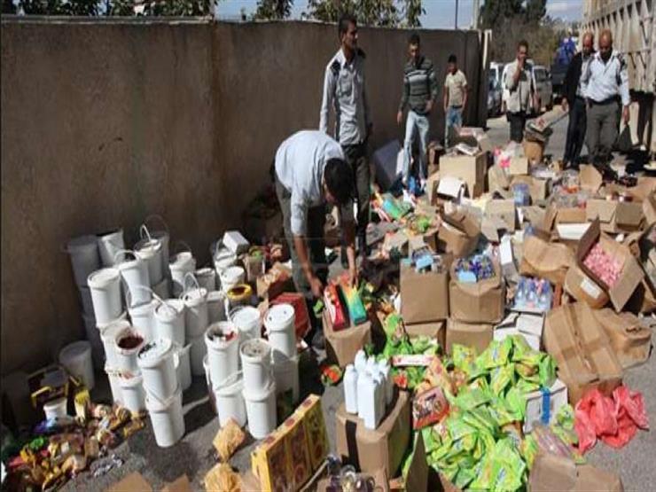 ضبط سلع غذائية فاسدة داخل فرعين تابع لسلسلة محلات شهيرة بالإسكندرية