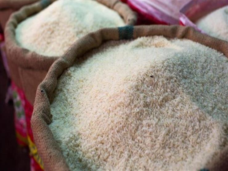 العثور على 15 طن أرز وفول مجهول المصدر بالساحل