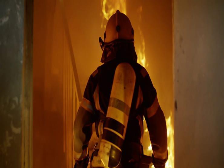 كيف أنقذ رجل إطفاء طفلاً سقط من الطابق الثاني أثناء الحريق؟