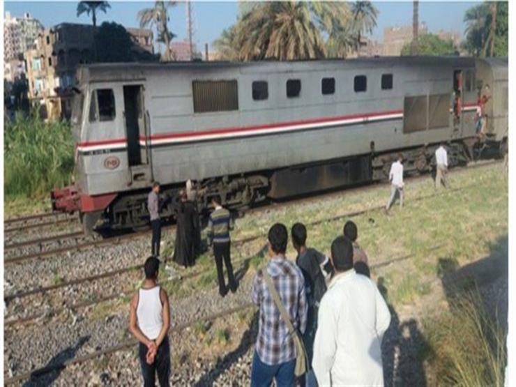 """مجهولون يصيبون سائق قطار طنطا بـ""""حجر"""" في محطة """"القرشي"""""""