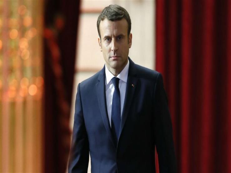 """""""ماكرون... المرأة المتحررة"""".. الرئيس الفرنسي  كتب رواية إباحية في حبه لبريجيت"""