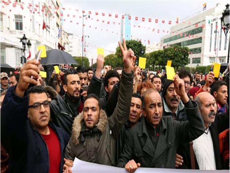 صنداي تليجراف: الحكومة التونسية تبحث سبل دعم الفقراء استجابة للمظاهرات