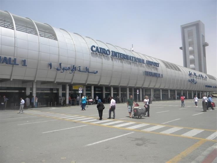 مقدمة  نائب ترامب  تصل مطار القاهرة للإعداد لزيارته...مصراوى