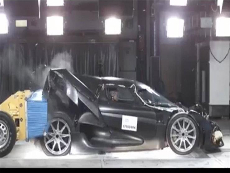 بالفيديو..اختبار تصادم سيارة بـ33 مليون جنيه