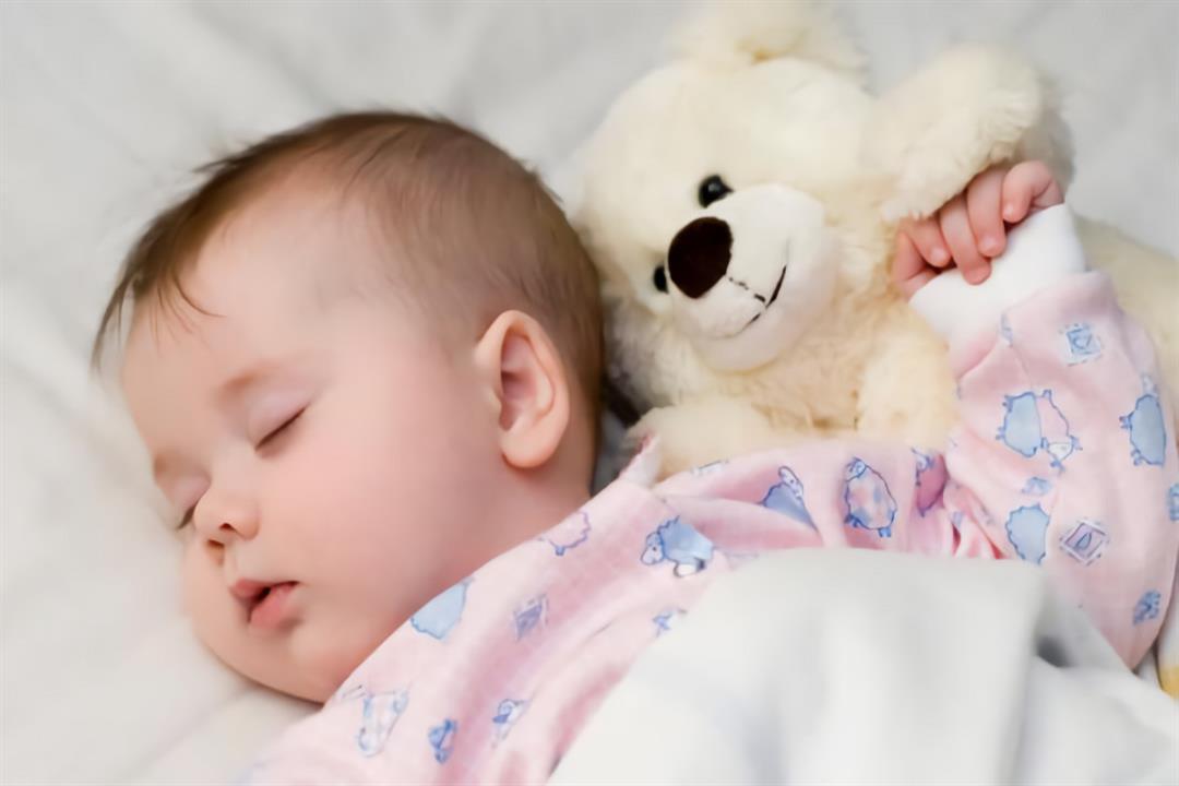 نصائح لتقليل إضطرابات النوم لدي الرضع