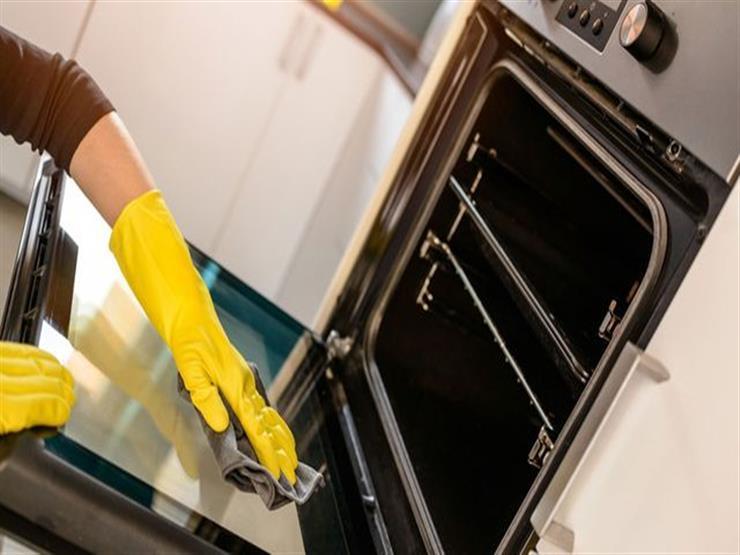 6 نصائح تساعدك في تنظيف شواية الفرن