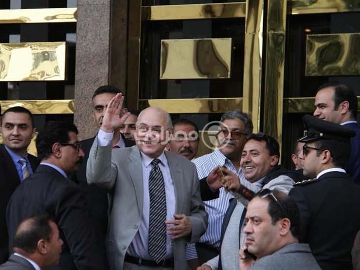 """موسى يغادر مقر """"الوطنية للانتخابات"""": تم قبول أوراقي كمرشح للرئاسة"""