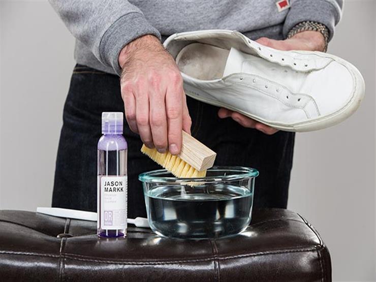4 طرق لتنظيف حذائك الأبيض