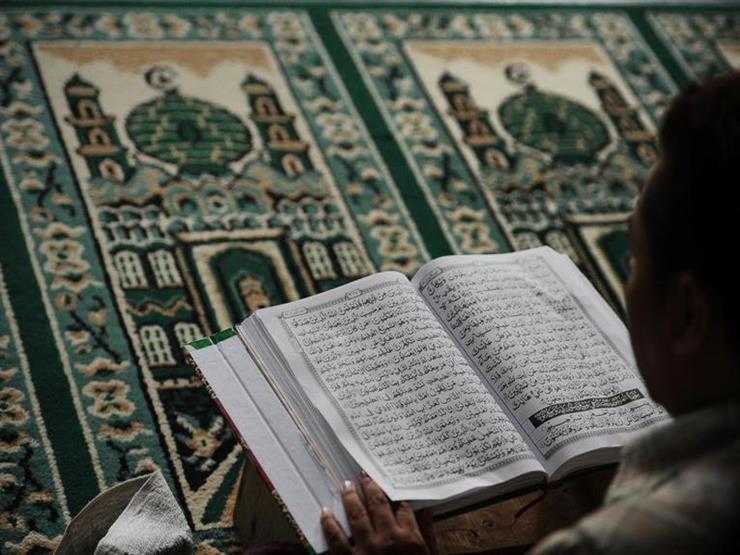 عند قراءتك القرآن يوم الجمعة.. 5 آداب احرص عليها