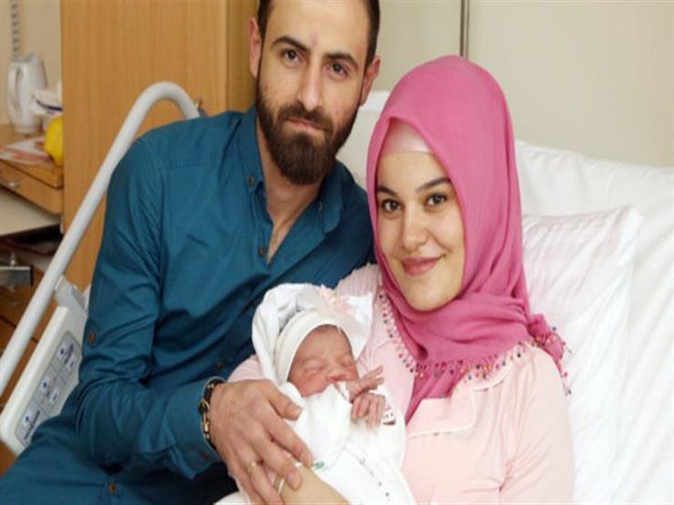 أول طفلة مولودة في النمسا عام 2018 تثير خلافا عنصريا لأنها مسلمة