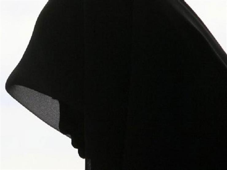 ما حكم إجبار الفتاة على لبس الزي الشرعي؟