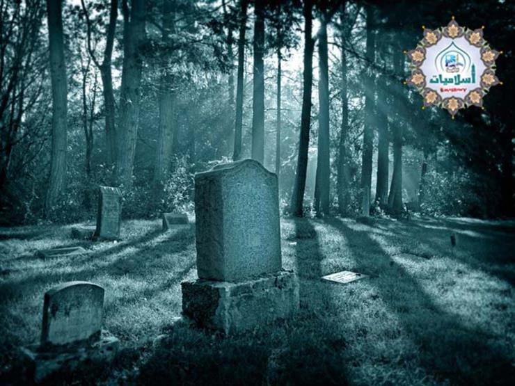 علي جمعة يوضح الغرض من كتابة الشواهد على المقابر