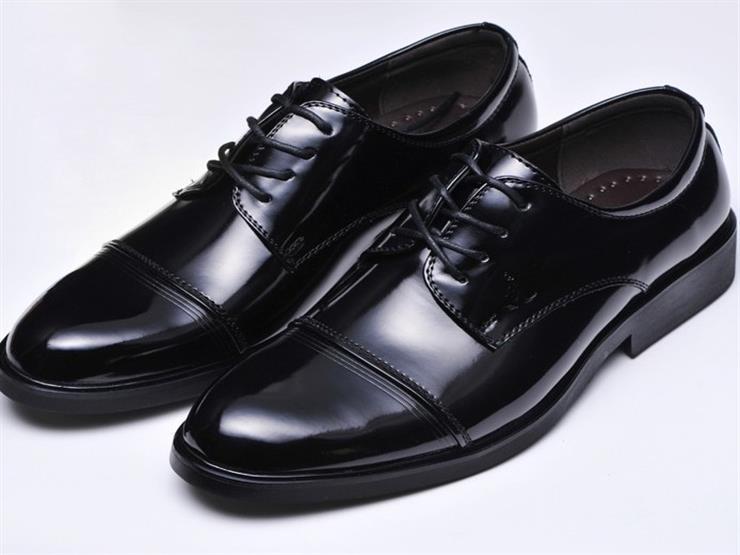 7f095d585 كيف تعرف إذا كان الحذاء أصلي أم مُقلد؟ الحذاء الأصلي والتقليد