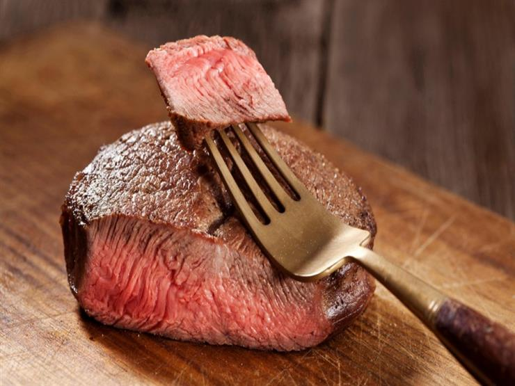 """للمرة الأولى في العالم.. طبع شريحة لحم """"3D"""" قابلة للأكل"""