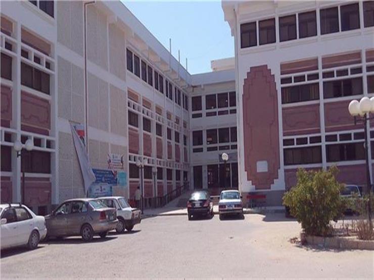 """نجاح اليوم الأول من تطبيق """"100 مليون صحة"""" في جامعة العريش"""