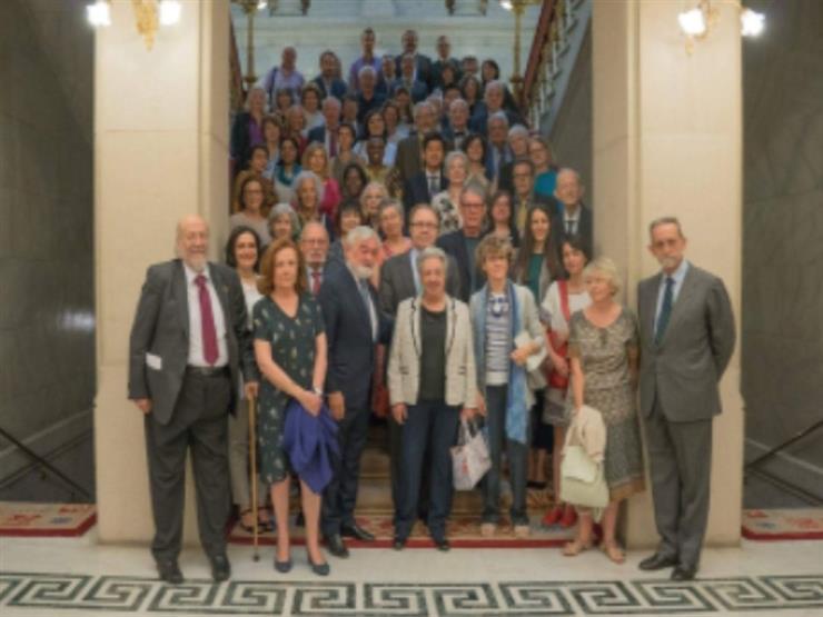 تكريم أستاذين بجامعة القاهرة في ملتقى الدراسات الإسبانية الدولية بمدريد