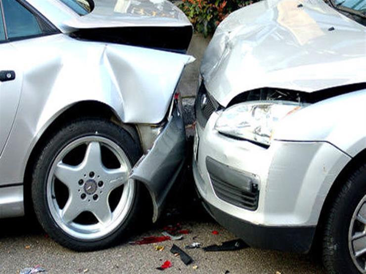 مصرع سائق وإصابة شاب في حادث تصادم ببني سويف