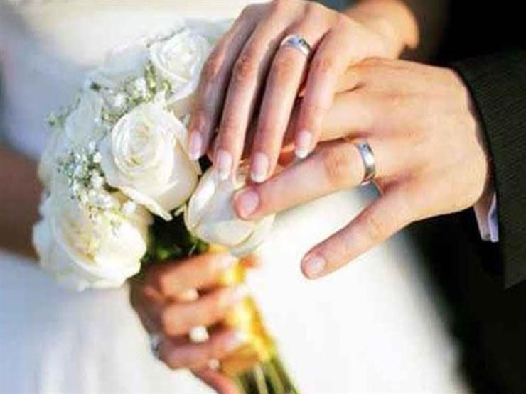 دراسة تكشف السن المثالي للزواج