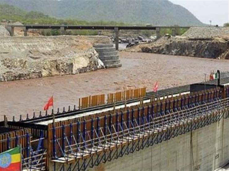 """""""جفاف"""".. خبير مياه عالمي يحذر من مخاطر سد النهضة"""