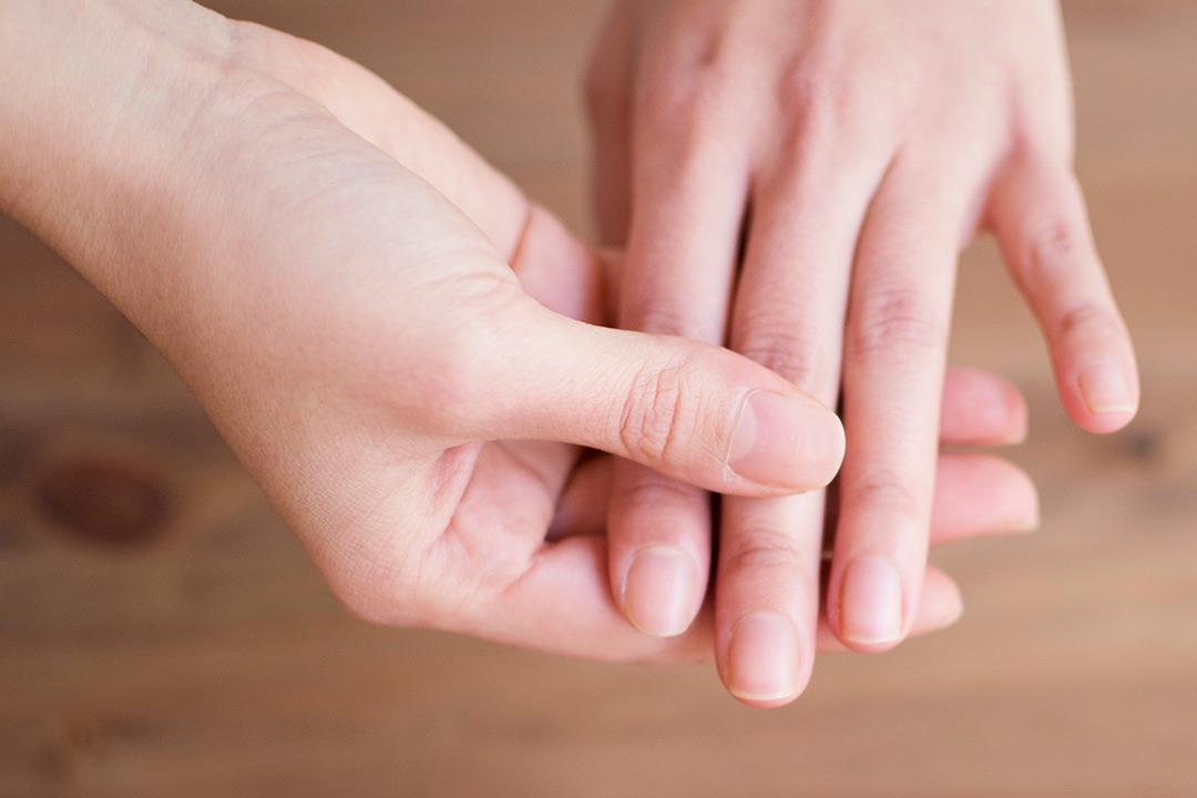 طول أصابع اليد يتنبأ بالميول الجنسية