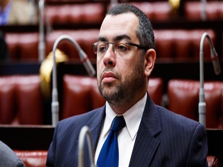 طلب إحاطة لرئيس الحكومة و3 وزراء بسبب انتشار التدخين في المنشآت العامة
