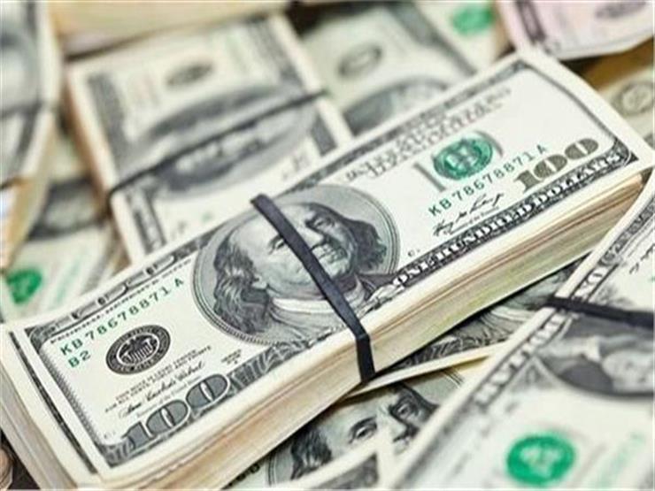 الدولار يستقر في 10 بنوك عاملة في مصر مع نهاية تعاملات الأحد