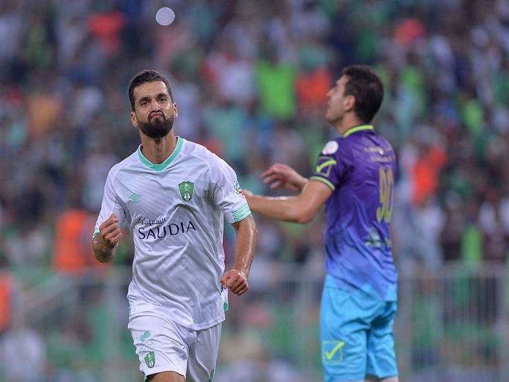تقرير.. عبد الله السعيد.. هدف وحيد مع الأهلي ومطالبة برحيله بعد السداسية
