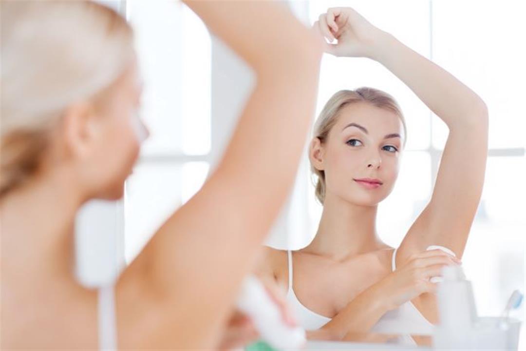 هل تسبب مزيلات العرق الإصابة بسرطان الثدي؟
