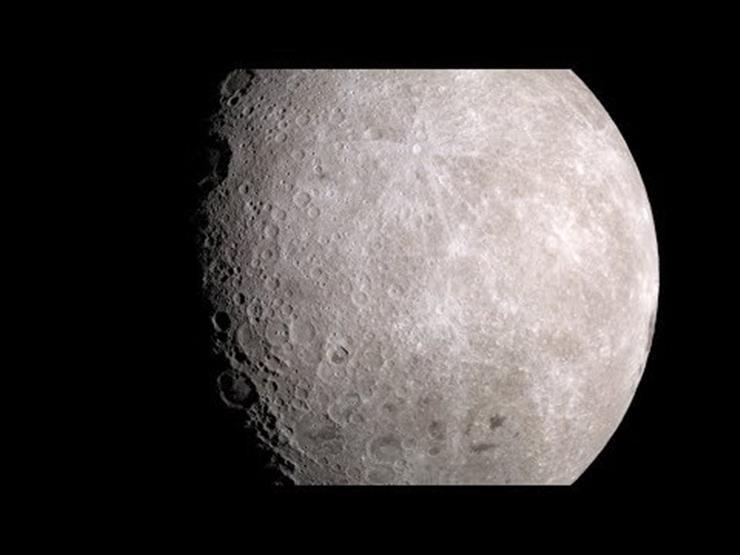 """""""ناسا"""" تنشر مقطعًا مذهلاً لسطح القمر"""