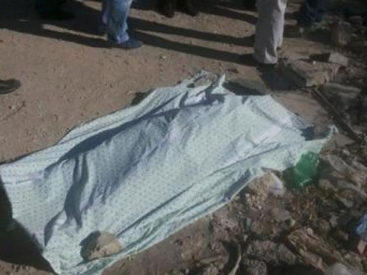 سرقوا دراجته وقتلوه.. كشف العثور على جثة طالب متعفنة في منطقة جبلية بسوهاج