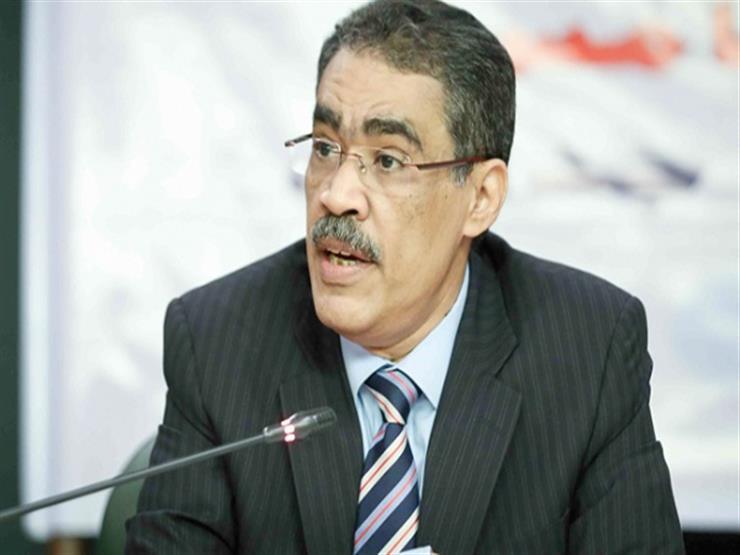 """""""العطار"""" يطالب مجلس """"الصحفيين"""" بتجميد طلبه بشأن ضياء رشوان"""