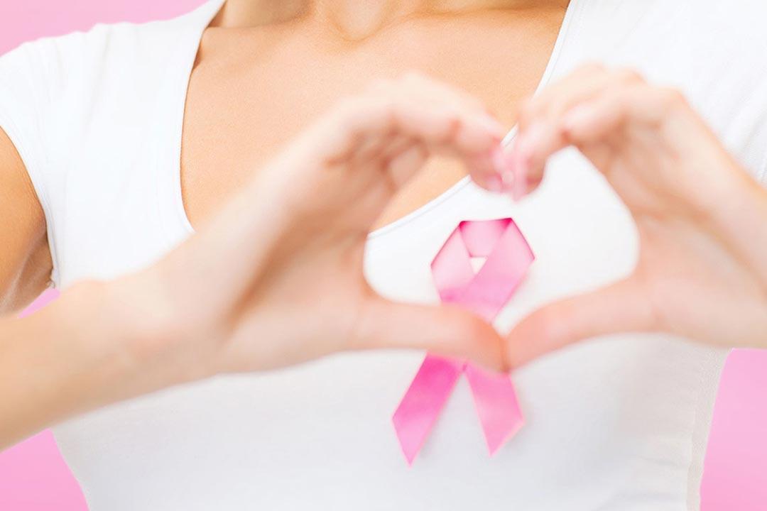 ما أسباب تورم الذراع بعد علاج سرطان الثدي؟